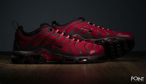 nike plus shoes shop nike air max plus tn ultra noble wine at the