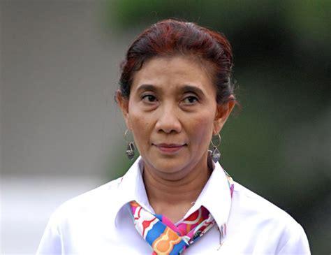 Biografi Menteri Susi Pudjiastuti Sejarah Ri | biografi menteri susi pudjiastuti sejarah ri