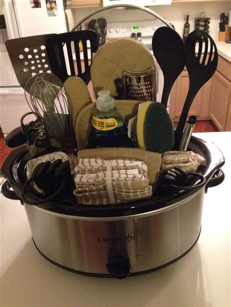 new kitchen gift ideas 25 best ideas about silent auction baskets on pinterest