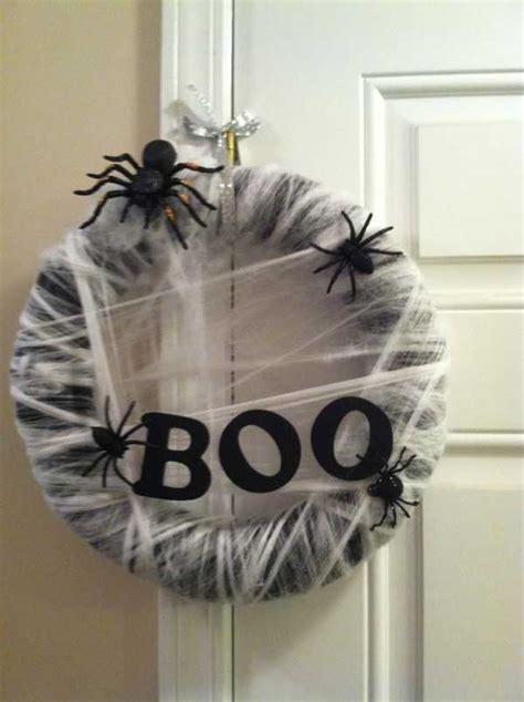 handmade ideas  spooky halloween wreaths amazing