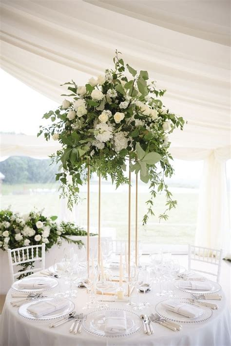 floral arrangements centerpieces 25 best ideas about tall wedding centerpieces on