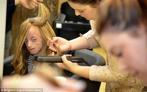 how should an 11year boys hair look like dying ashanti smith with alopecia given girly locks of