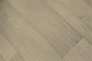 fussboden fliesen vinylboden auf fliesen verlegen 187 anleitung in 6 schritten