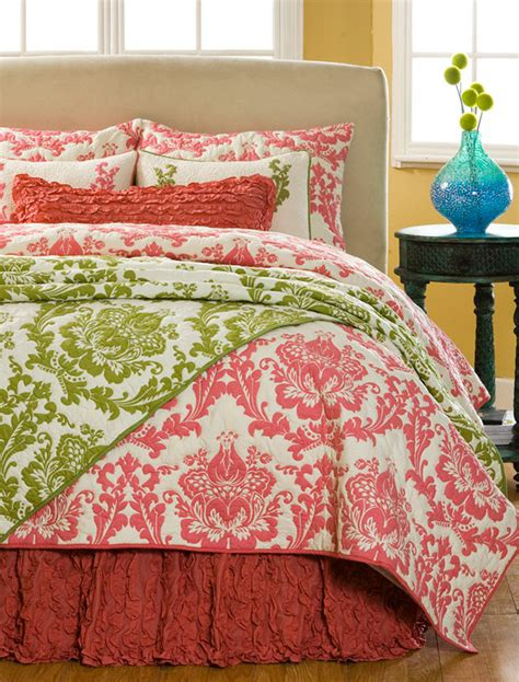 Green King Quilt by Damask Quilt Green King