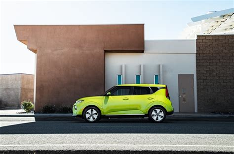 2020 Kia Soul Ev Availability by Here S What You Need To About The 2020 Kia Soul Ev