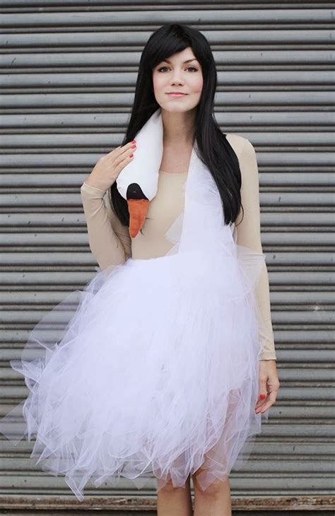 bjork swan dress diy bridal fashion 2014 bjork swan dress costume tutorial
