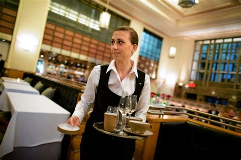waiting tables at eleven park per se alinea becomes career path wsj