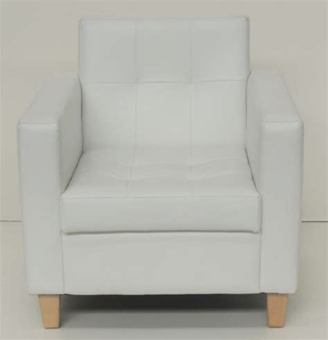 white leather bedroom chair 18 best images about mam s middle room on pinterest