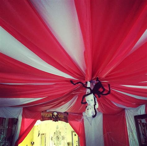 circus circus front desk best 25 creepy carnival ideas only on pinterest