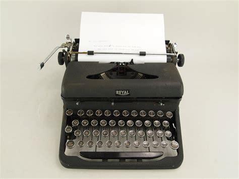 typewriter royal arrow 1930 s typewriter vintage