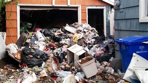 trash house kare11 com tenants leave behind 25 tons of trash at