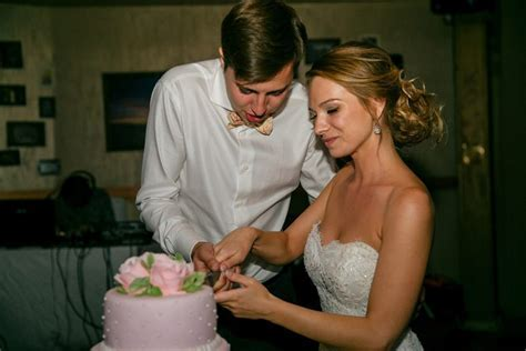 Best Ways to Pay for a Wedding With a Personal Loan or