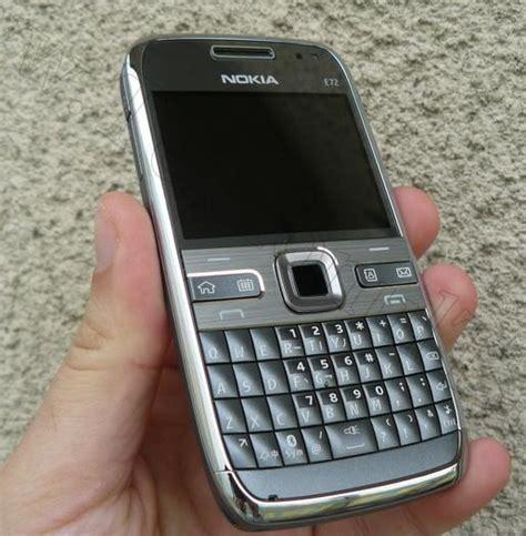 Jual Nokia E72 Gold Brown nokia e72 cheap complete genuine and economical