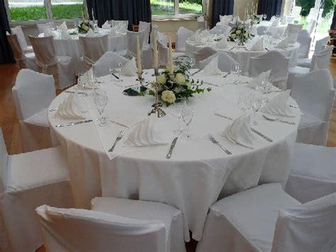 Deko Für Hochzeitsfeier by Deko Hochzeit Tisch Rund Execid
