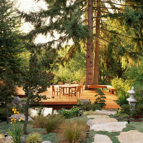 how to create spaces for outdoor living
