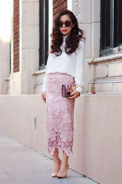 s white sleeve blouse pink lace midi skirt