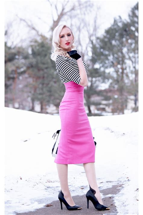 what shoes to wear with skirt in winter style guru