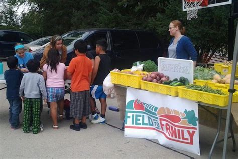 Johnson County Food Pantry by Mobile Food Pantry Serves Food Deserts In Johnson County