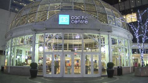 bench metrotown top 5 shopping malls in vancouver parkbench