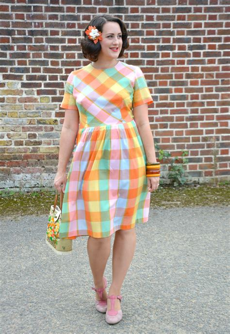 Dress Ootd a bright and cheerful 1950s dress ootd vintage frills