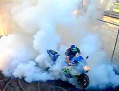 Motorrad Anmelden Kein T V by Burnout Willst Du Mal Kein Heckteil Mehr Spalte Einen