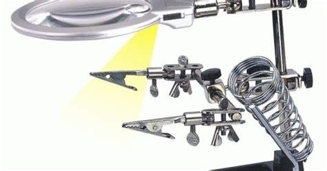 Alat Pegangan Solder Helping Kaca Pembesar Lu Led pegangan solder kaca pembesar senter led jual murah kaskus