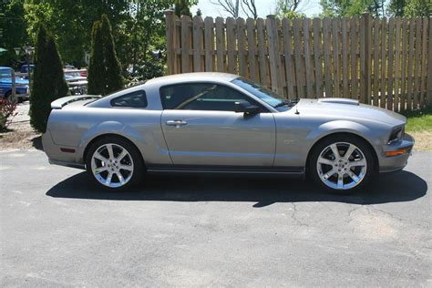 mustang gt 2008 specs 2008 ford mustang gt 1 4 mile drag racing timeslip specs 0