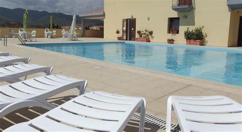villasimius appartamenti vacanze a villasimius residence vicino al centro appartamenti