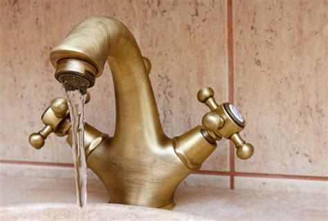 How To Fix A Leaky Compression Faucet by How To Fix A Leaky Tap Compression Faucet Mouths Of Mums