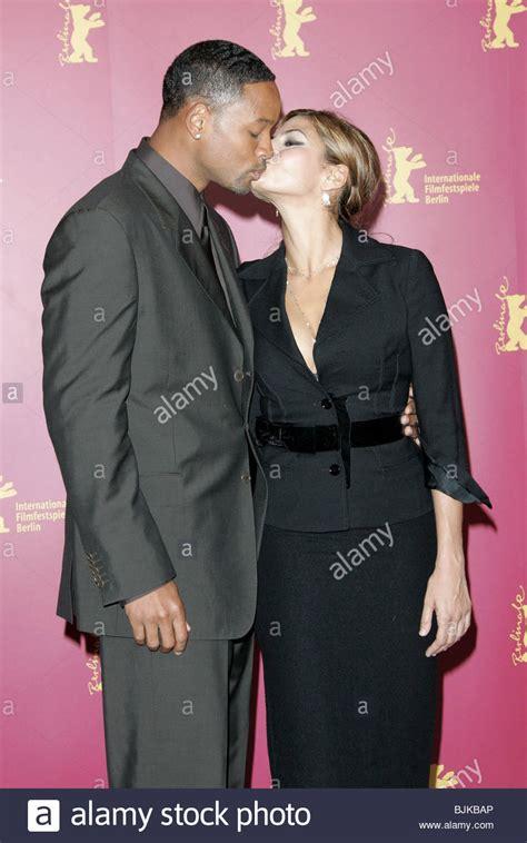 hitch actress eva mendes will smith eva mendes berlin film festival 2005 berlin