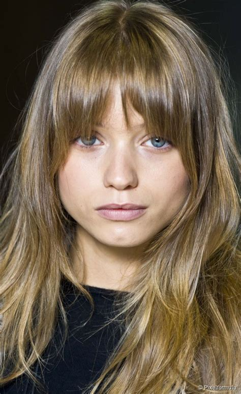 round faced fringe recommendations 25 best ideas about round face bangs on pinterest short