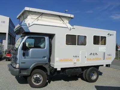 cellule cing car sur camion en pleine cogitation pour la prochaine la tortue de f 233 lix