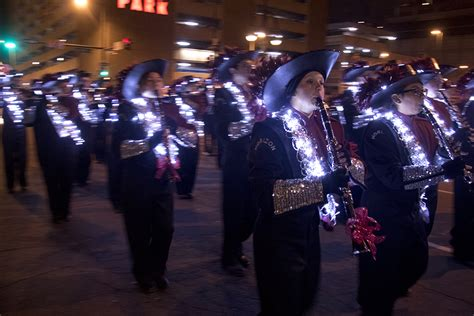look photos of the parade of lights denverite