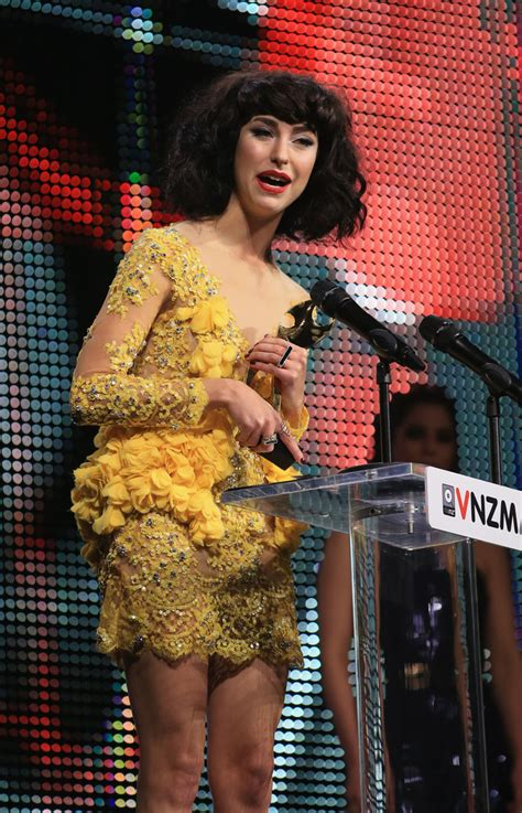 Shows New Do At The Awards by Kimbra In 2012 Vodafone New Zealand Awards Show
