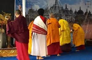 buddhist hair traditions buddhist women sakyadhita conference pema khandro