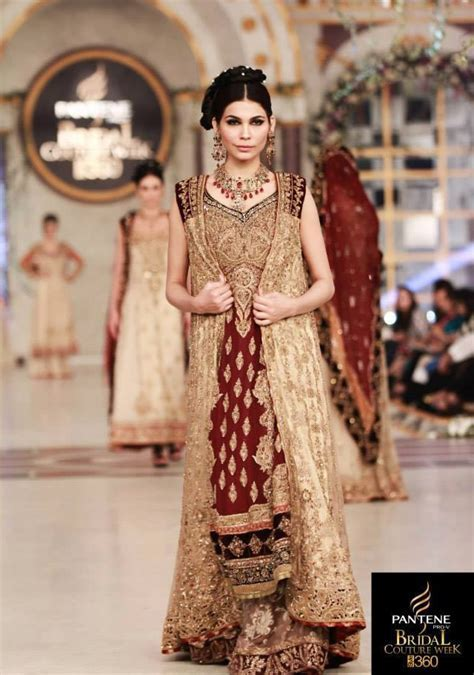 15 Best Pakistani Bridal Dresses By Popular Fashion Designers