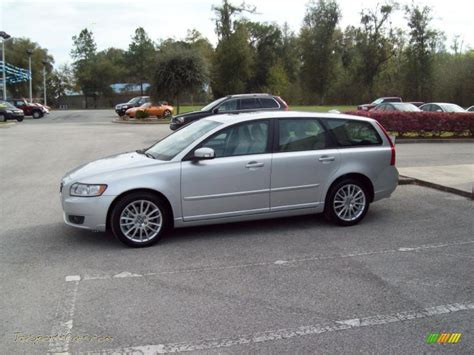 how cars work for dummies 2011 volvo v50 interior lighting 2011 volvo v50 t5 in silver metallic photo 5 622782 jax sports cars cars for sale in florida