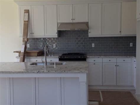 Grey Kitchen Backsplash by Gray Kitchen Backsplash Advise With Wall Colors
