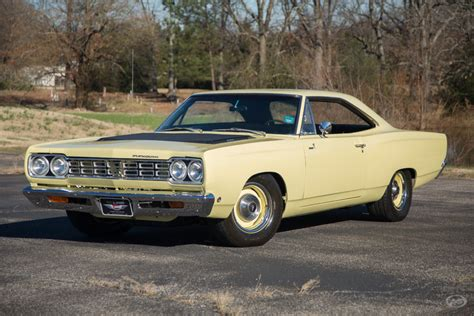 1968 plymouth roadrunner for sale saturn yellow 1968 plymouth road runner for sale mcg