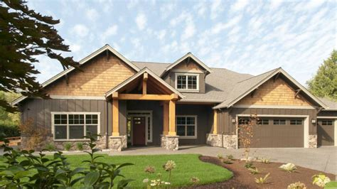 story home modern one story ranch house one story craftsman house