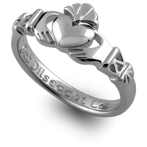 image gallery claddagh ring