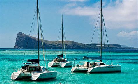 catamaran cruise excursion in the north coast of mauritius - Catamaran Excursion In Mauritius