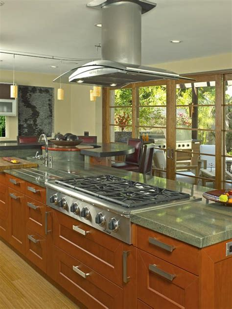 kitchen island with stove top 17 best ideas about stove in island on island