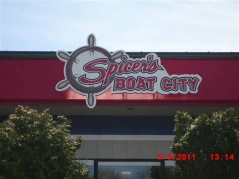 spicer s boat city boat show spicer s boat city amor sign michigan boat signs amor