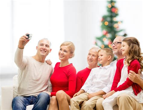 how to take a picture of a christmas tree how to take the photo for your family card