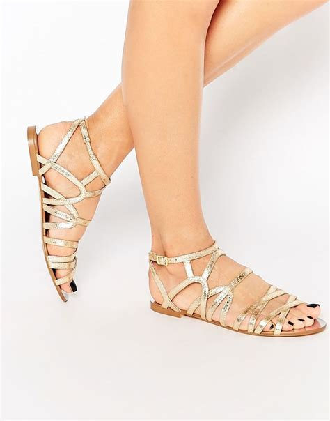 Gold Bridesmaid Sandals by Best 25 Gold Flat Sandals Ideas On Gold