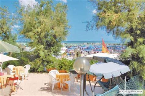 hotel il gabbiano bellaria il gabbiano hotel bellaria igea marina provincia di