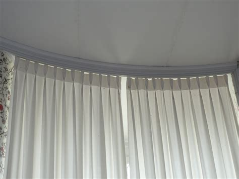 Types Of Valances History Of Styles Window Treatments L Essenziale