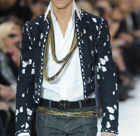 Tongtempat Sah Mobil Chanel Fanta pariser modewoche karl lagerfeld setzt auf kiesweg statt