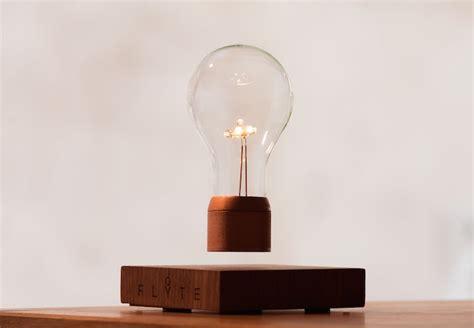 levitating bulb une oule en l 233 vitation